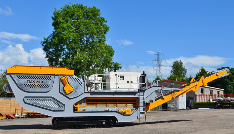 Trakmix Mobile Continuous Mixing Plant / Pugmill